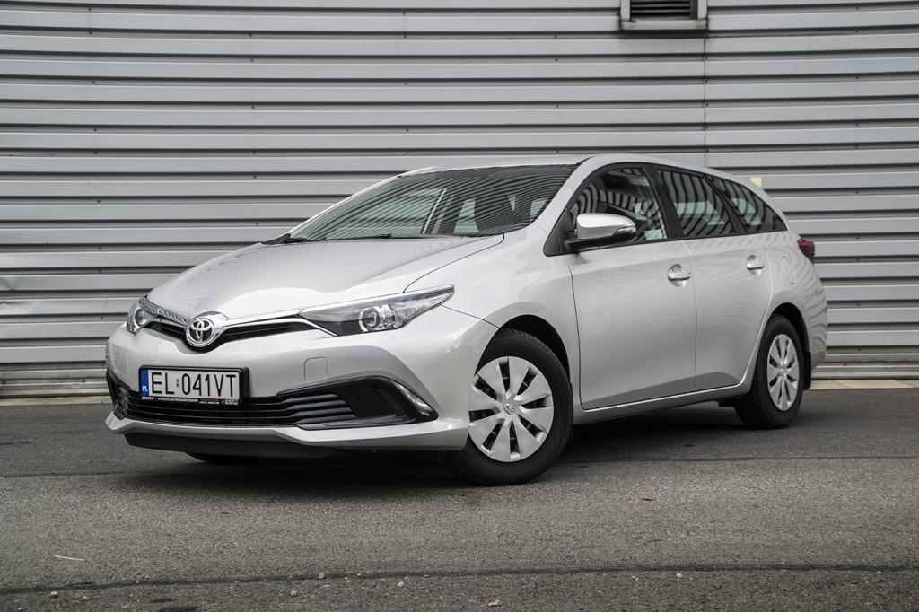 Toyota-Auris-5
